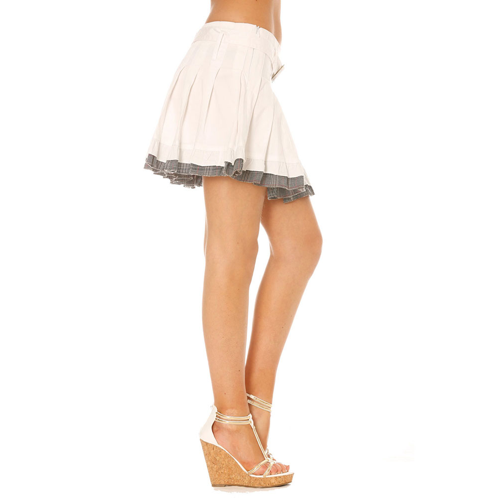 miss wear line jupe blanche pliss e coupe patineuse jupon cossais ceinture assortie. Black Bedroom Furniture Sets. Home Design Ideas